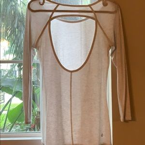 LUlulemon quarter sleeve tee open back . New